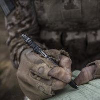 How to Use a Tactical Pen