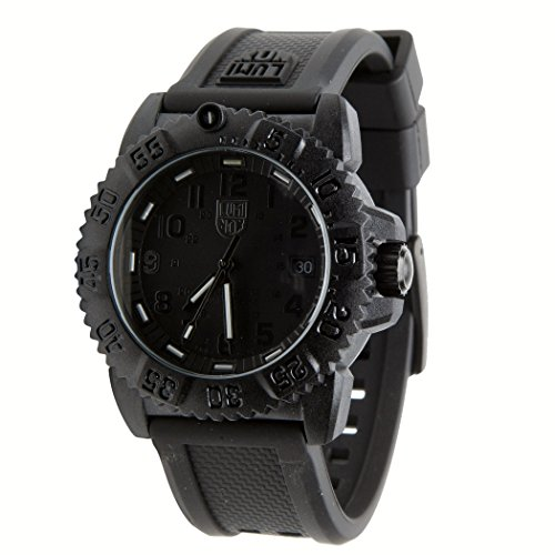 Luminox evo navy seal blackout mens watch 3051 review for Watches navy seals use