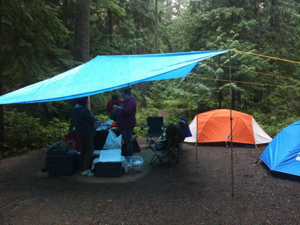 Camping Essentials : Things to Bring When You Go Camping