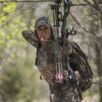 Choose correct bow for hunting