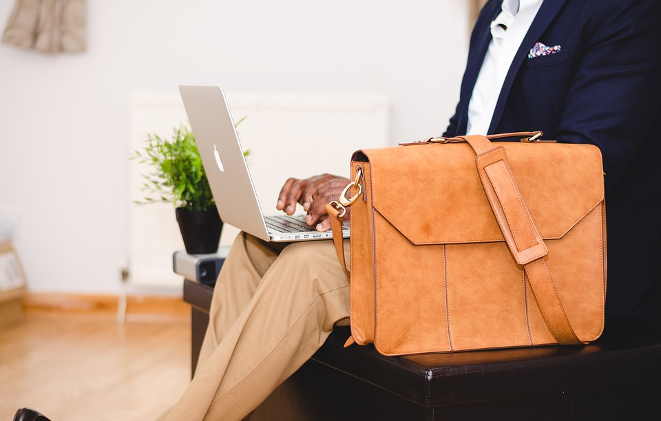 How to Choose a Laptop Bag