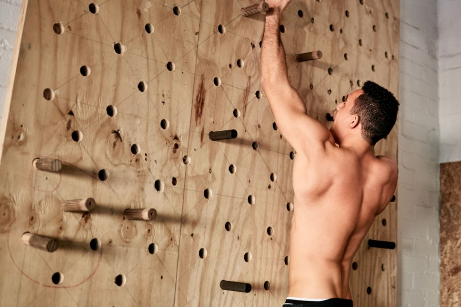 A Beginner Guide to Hangboard Workout